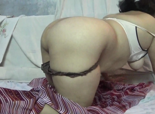Beautiful Indian Housewife Velamma Striptease Show