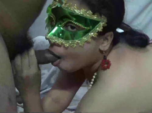 Indian XXX Milf Velamma Bhabhi Giving Sensual Blowjob