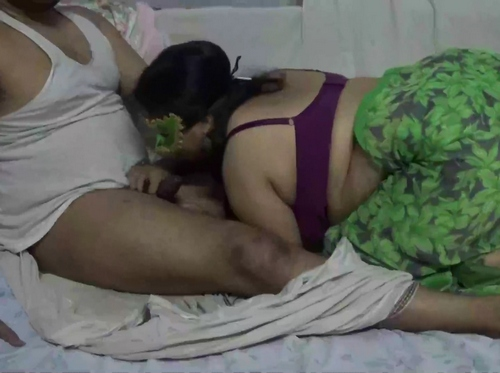Hot Indian Amateur MILF Velamma Sex
