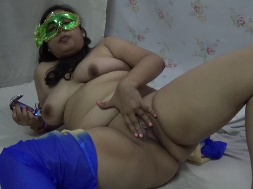 Masturbating Indian Bhabhi Velamma